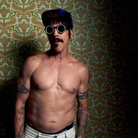 Red Hot Chili Peppers dark Necessities video